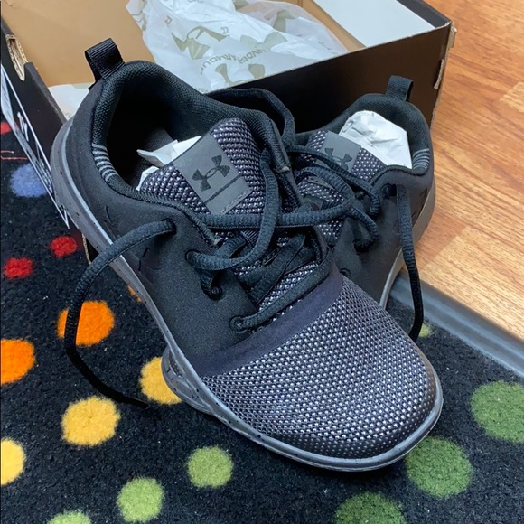 Black Youth Sneakers Size 1y | Poshmark
